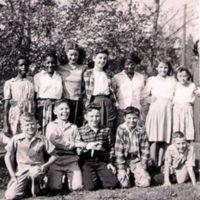 Tonganoxie Grade School Grade 7 1945-1946